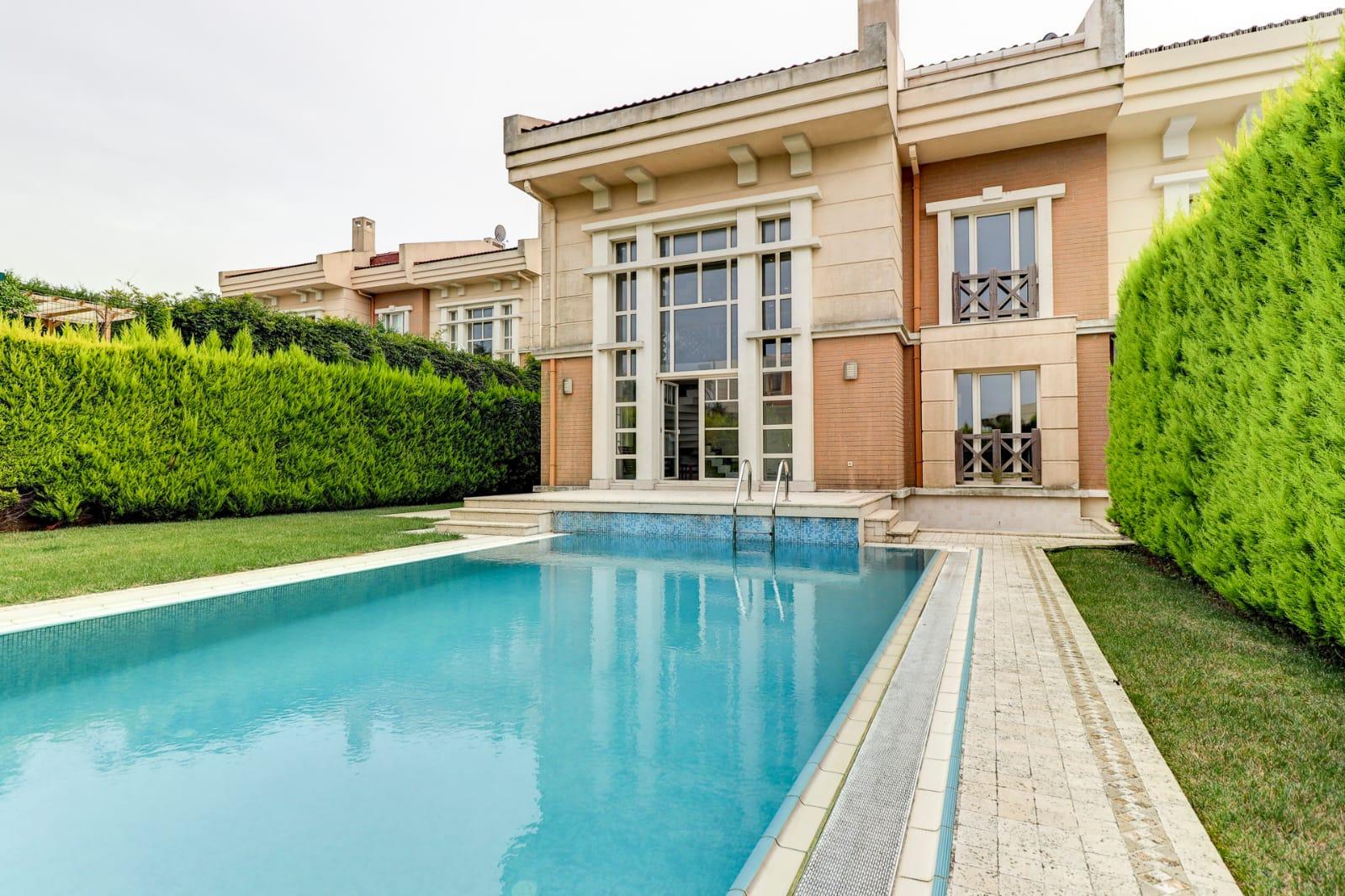 kilyos-villa-istanbul-property001-1.jpg